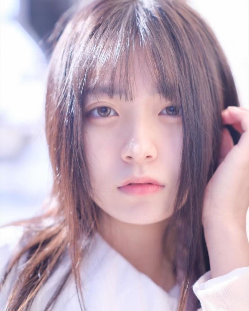 17岁仙女高中生「瀬戸りつ」绝美长相激似IU 全身散发「空灵气质」美到有点不真实
