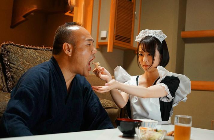 【蜗牛娱乐】渡边真央JUL-483 人妻找叔父帮老公解决财务危机