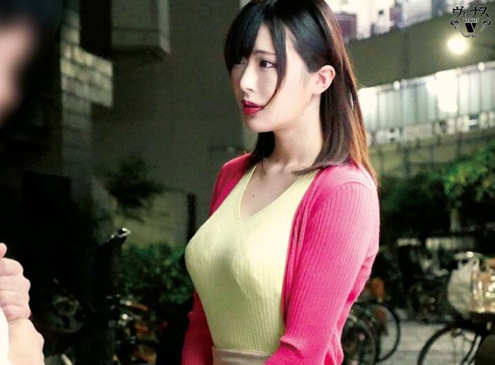 【蜗牛娱乐】辻井穗香VEC-464 熟女人妻缺爱找男同事滋润