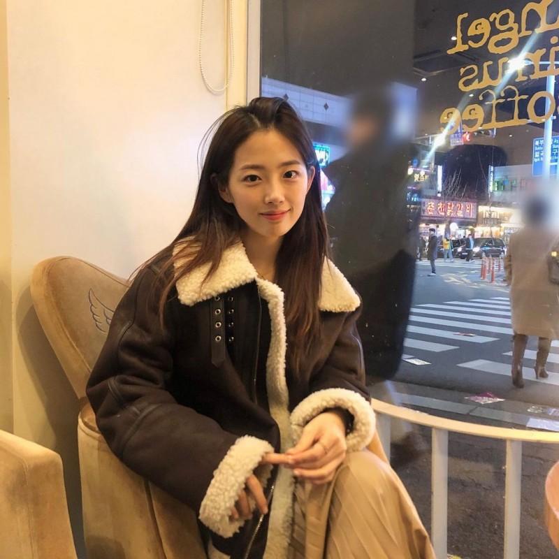 大学电子工学院的「清纯系正妹」!肤白貌美的「国民初恋脸」让人好心动!