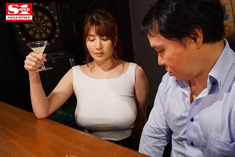 【蜗牛娱乐】有栖花绯SSIS-011 不脱衣服表演更性感