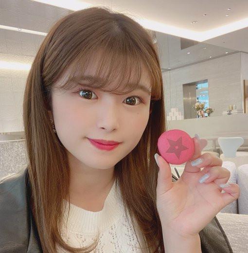 """【蜗牛娱乐】NNPJ-440  :韩系巨乳美少女""""百瀬爱里""""的白虎小穴相当可口。"""