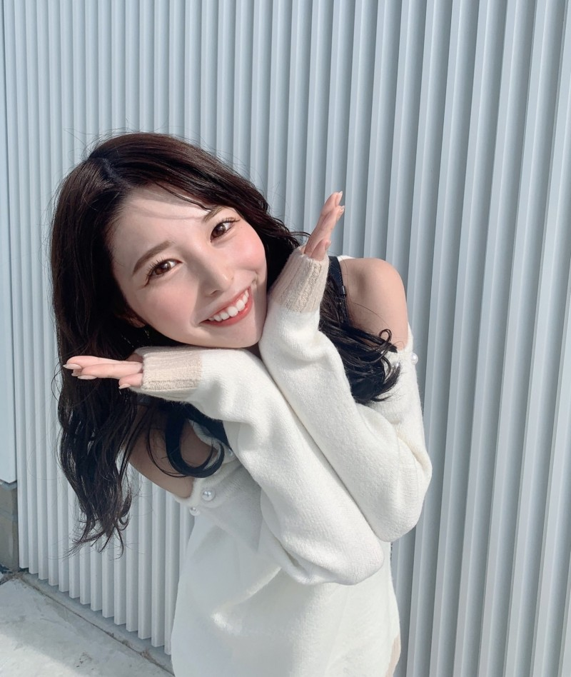 女大生「伊藤朱里」参加校园选美狂圈粉!150 cm+高颜值喷发女友感