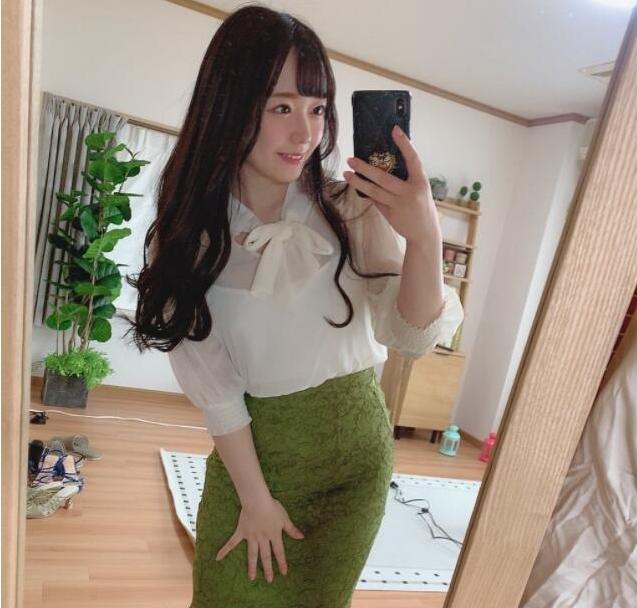 【蜗牛娱乐】高濑里奈MIAA-460 少女替母亲照顾变态老头却很爽
