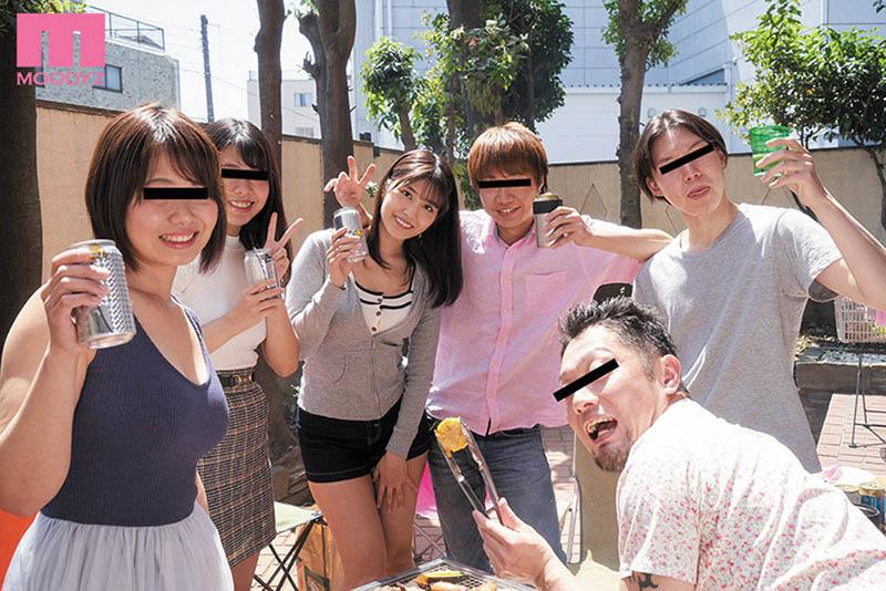 """性爱BBQ!""""神宫寺ナオ""""参加同学会烤肉遭变态轻浮男""""灌醉玩3P""""!"""