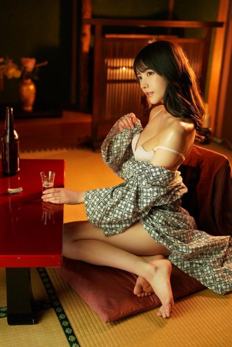 【蜗牛娱乐】枫花恋IPX-641 人妻得不到满足见到老头失控了