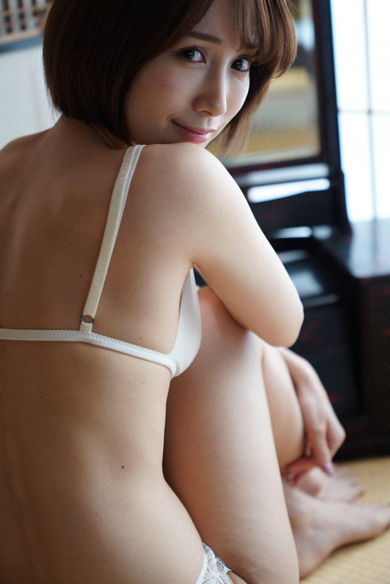 【蜗牛娱乐】小岛南SSIS-027 风俗娘技艺高超让客人欲罢不能