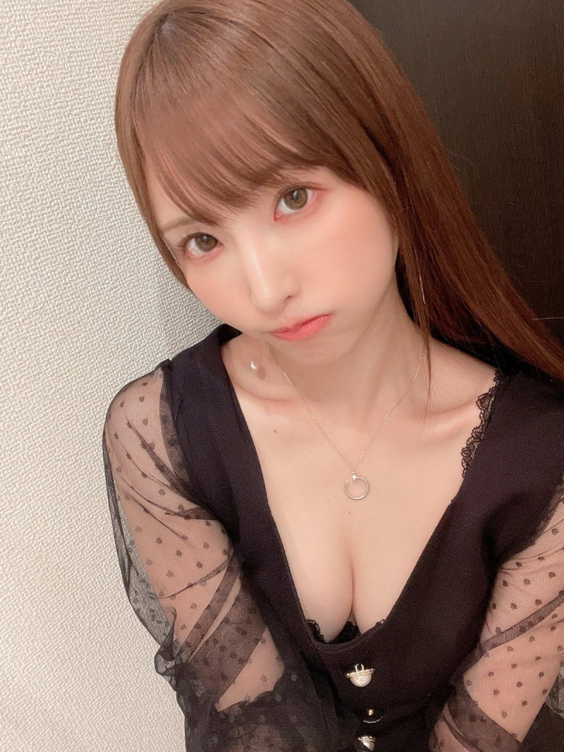 【蜗牛娱乐】天使萌FLNS-375 小姐姐为体验别样激情打破禁忌