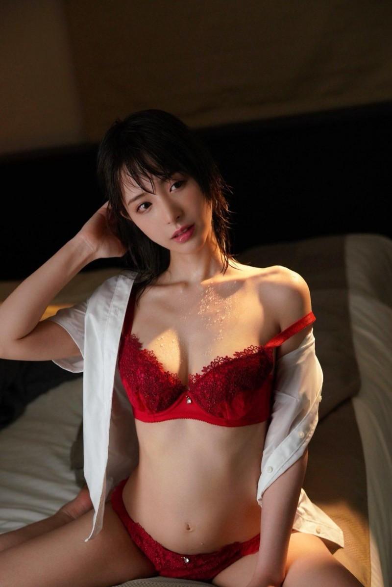 【蜗牛娱乐】桃乃木香奈IPX-629 写真偶像热爱活动进军业界