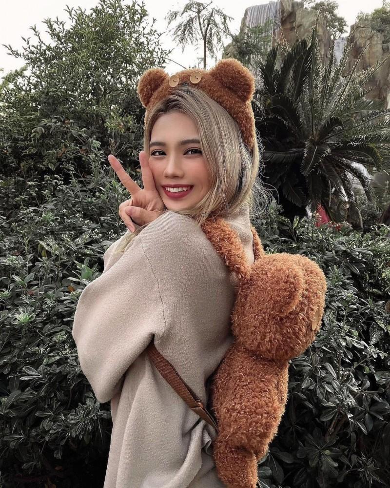 日本女大生Mimi「超龄脸蛋+饱满」魅力太强!爱健身还练出一对「蜜桃臀」