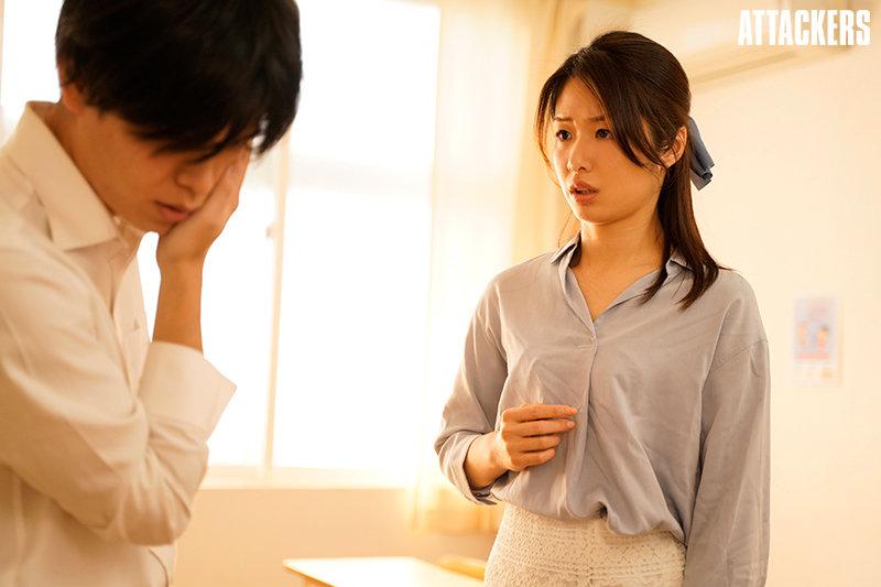 【蜗牛娱乐】川上奈々美(川上奈奈美)SHKD-963:打学生巴掌引来家长肉棒报复。