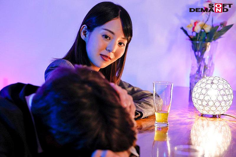 【蜗牛娱乐】冈田ひなの(冈田雏乃)KIRE-057:温柔前辈帮破处整晚不停歇…
