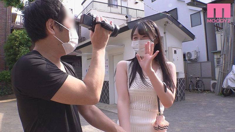【蜗牛娱乐】つぼみ(蕾)MIDE-986:萝莉教主素人突袭感谢祭,痴女发狂中出榨汁!